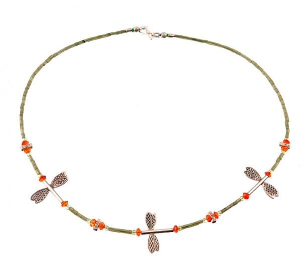Halskette mit Silber und Jade