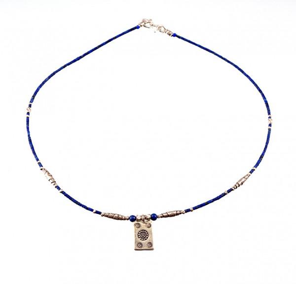 Lapislazuli Halskette mit Silberanhänger
