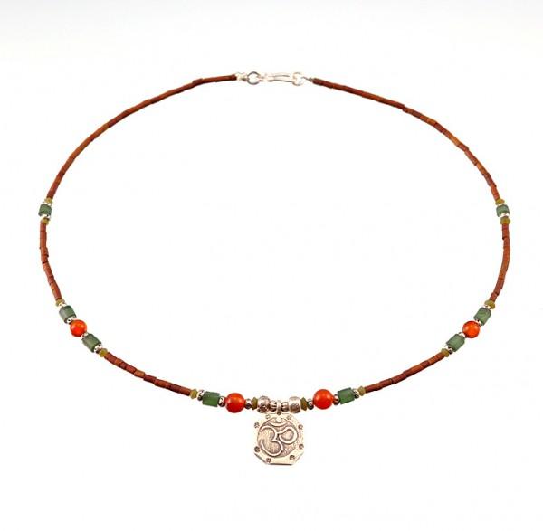 Jade Halskette mit Silber