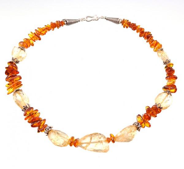 Edelsteine-Halskette mit Silber