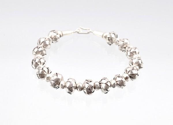 Hochwertiger Armband aus Silber