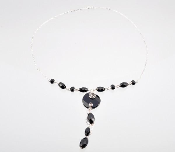 Silberhalskette mit Onyx