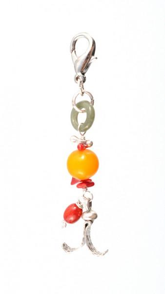 Taschenanhänger aus Silber und Edelsteinen